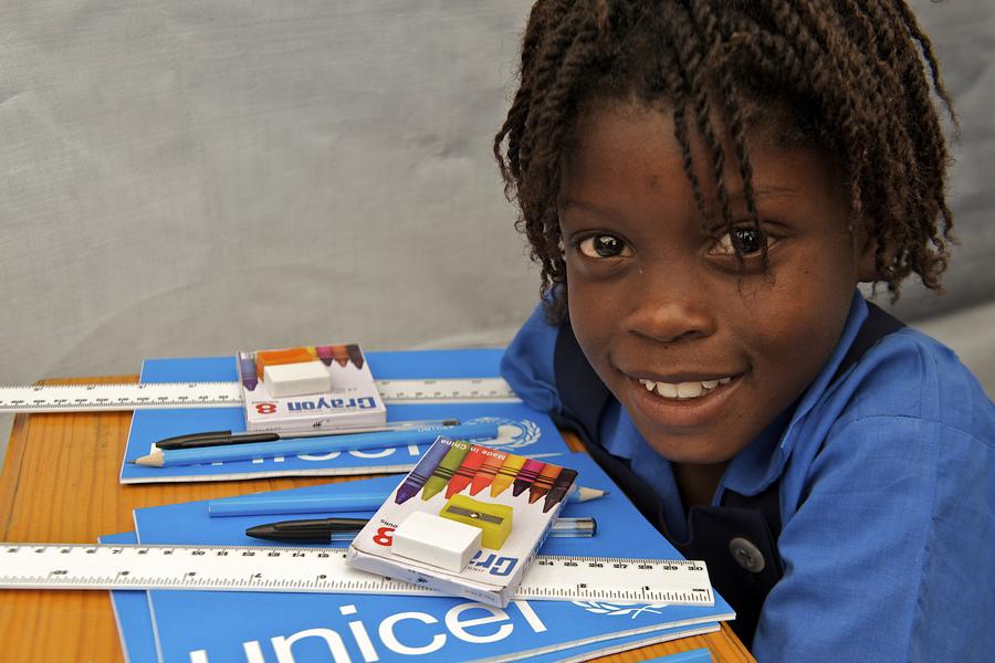 Ruim 1500 lespakketten gedoneerd voor vluchtelingenkinderen